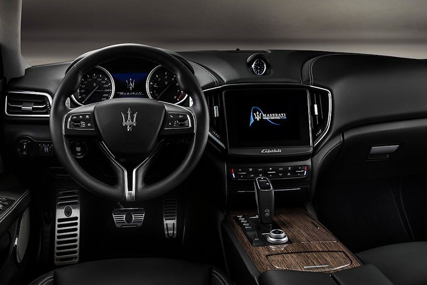GH_Interior_dashboard_GranLusso