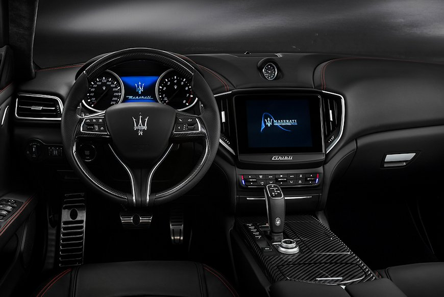 GH_Interior_dashboard_GranSport