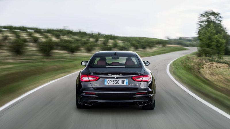 Maserati-Quattroporte-exterior-view