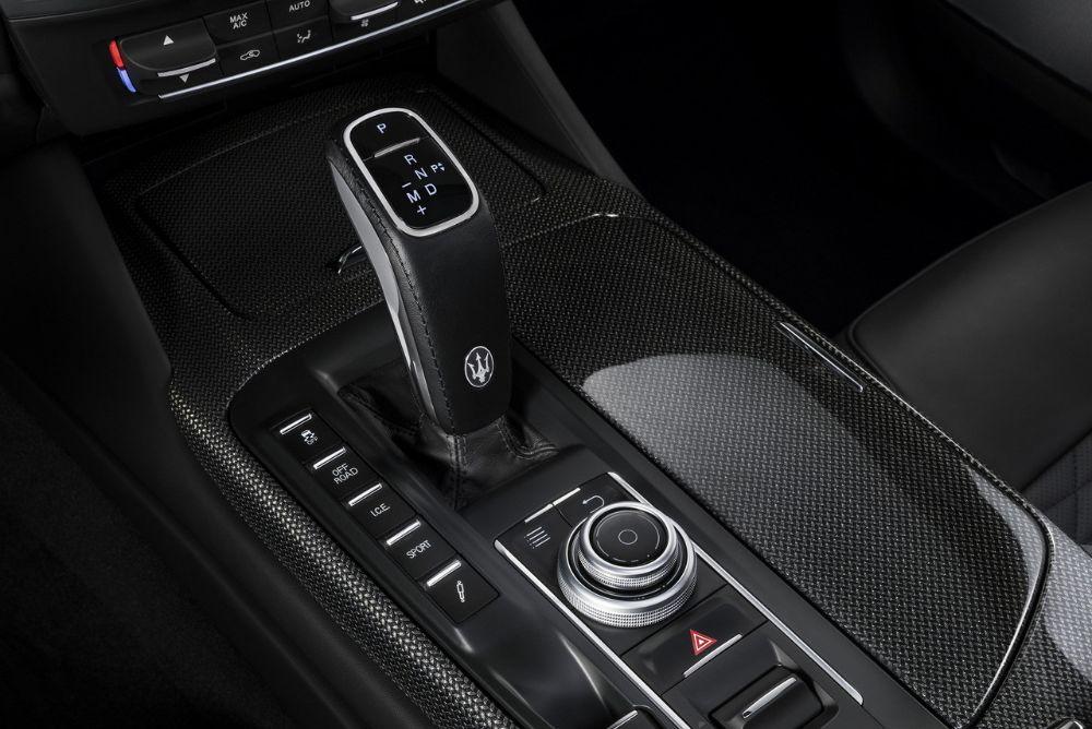 Maserati-MY19-Levante-GranSport-Studio-182070M