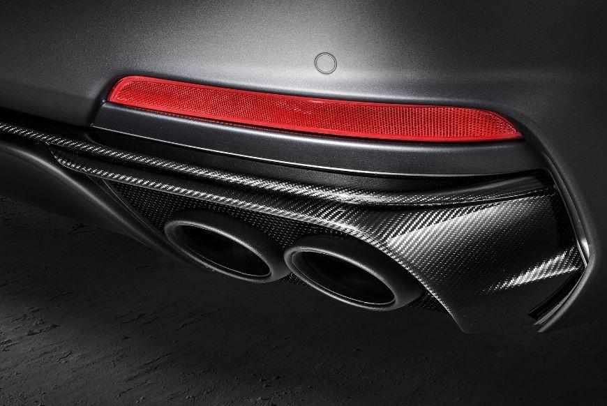 Maserati-Levante-Trofeo-V8-Rear-Fascia-Carbon-Exhaust-Pipes